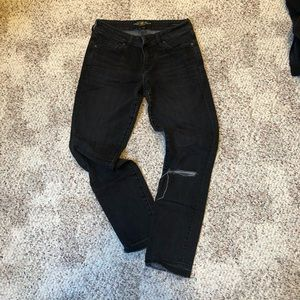 Lucky brand ripped knee ankle jeans 4/27